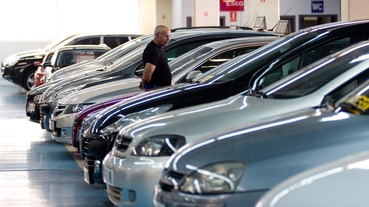 Más autos en venta que compradores. La cifra de abril fue la más baja desde que se llevan registros y fue menos de la mitad del peor mes de abril de los últimos 26 años