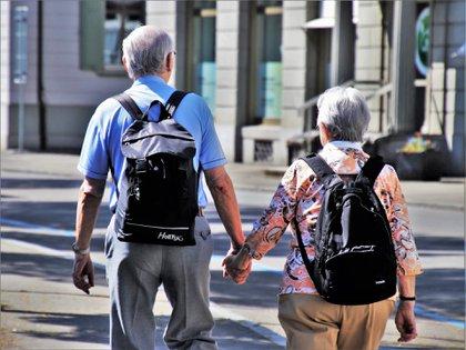 La Conapo prevé que para el año 2050 la cantidad de adultos mayores en México será  alrededor de 33 millones de habitantes (Foto: Pixabay)