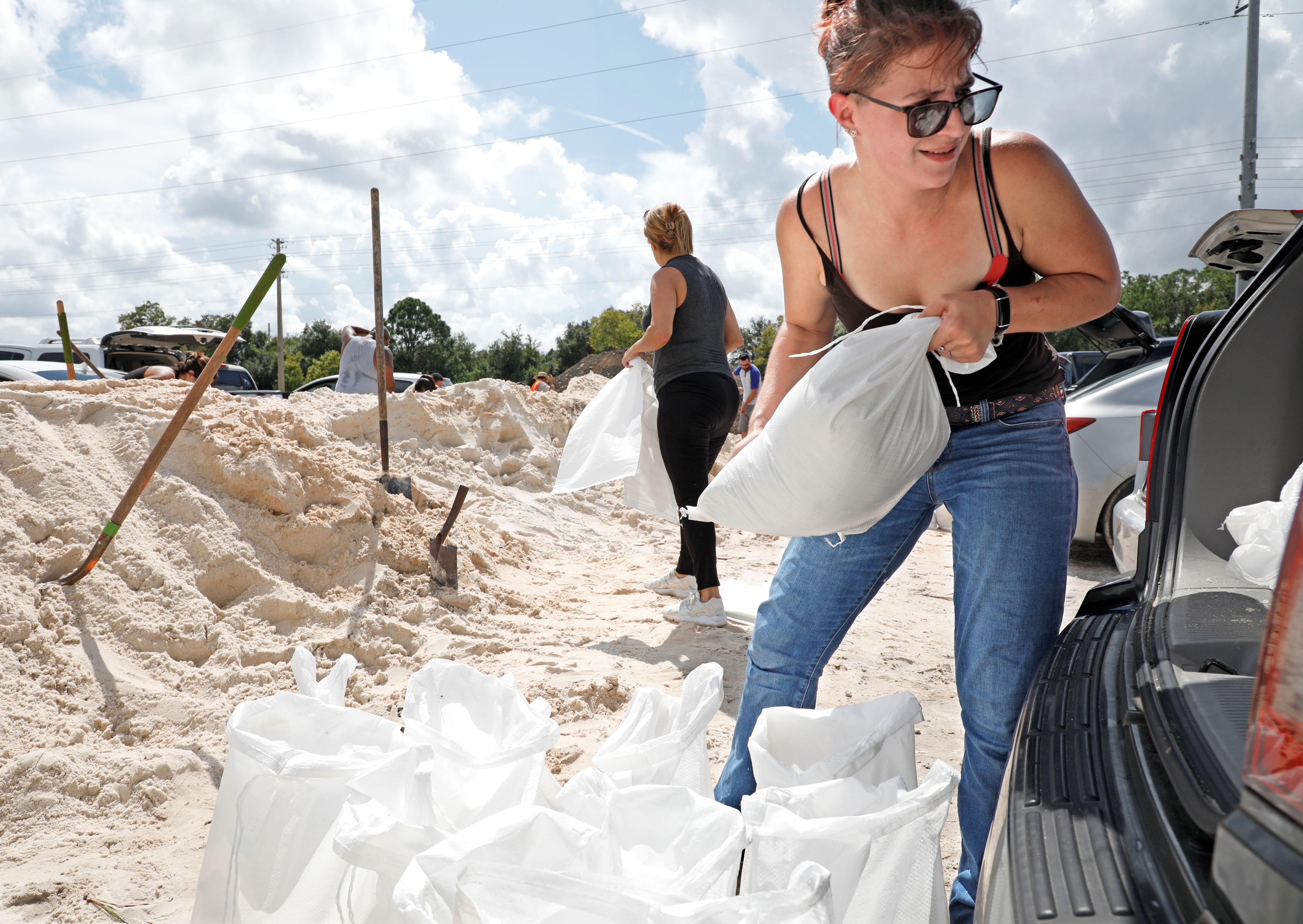En Florida también hubo preparativos REUTERS/Gregg Newton