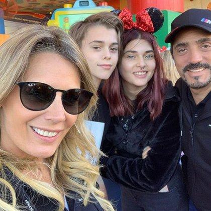 Rocío Marengo y Eduardo Fort compartieron un viaje a Disney con Martita y Felipe, los hijos de Ricardo Fort