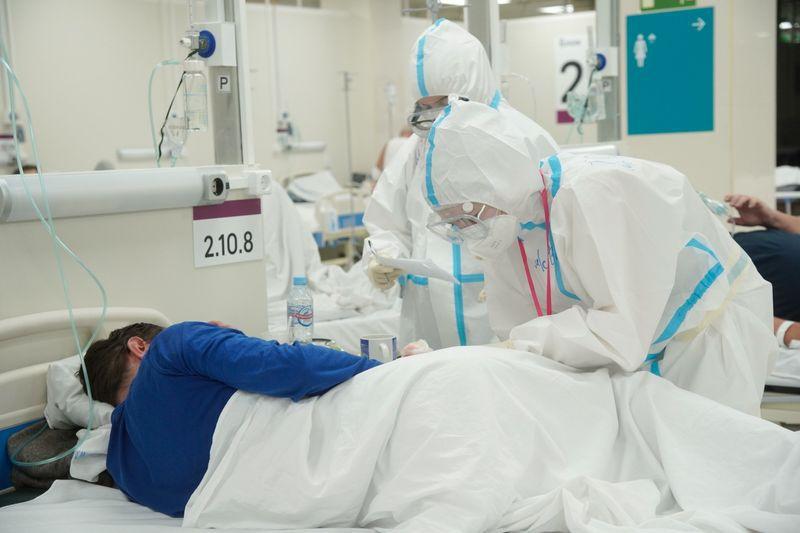El COVID-19 infectó a 50 millones de personas y causa enfermedad grave en alrededor del 20% de ellas. REUTERS