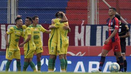 El festejo en el gol de Cuqui Márquez (FotoBaires)