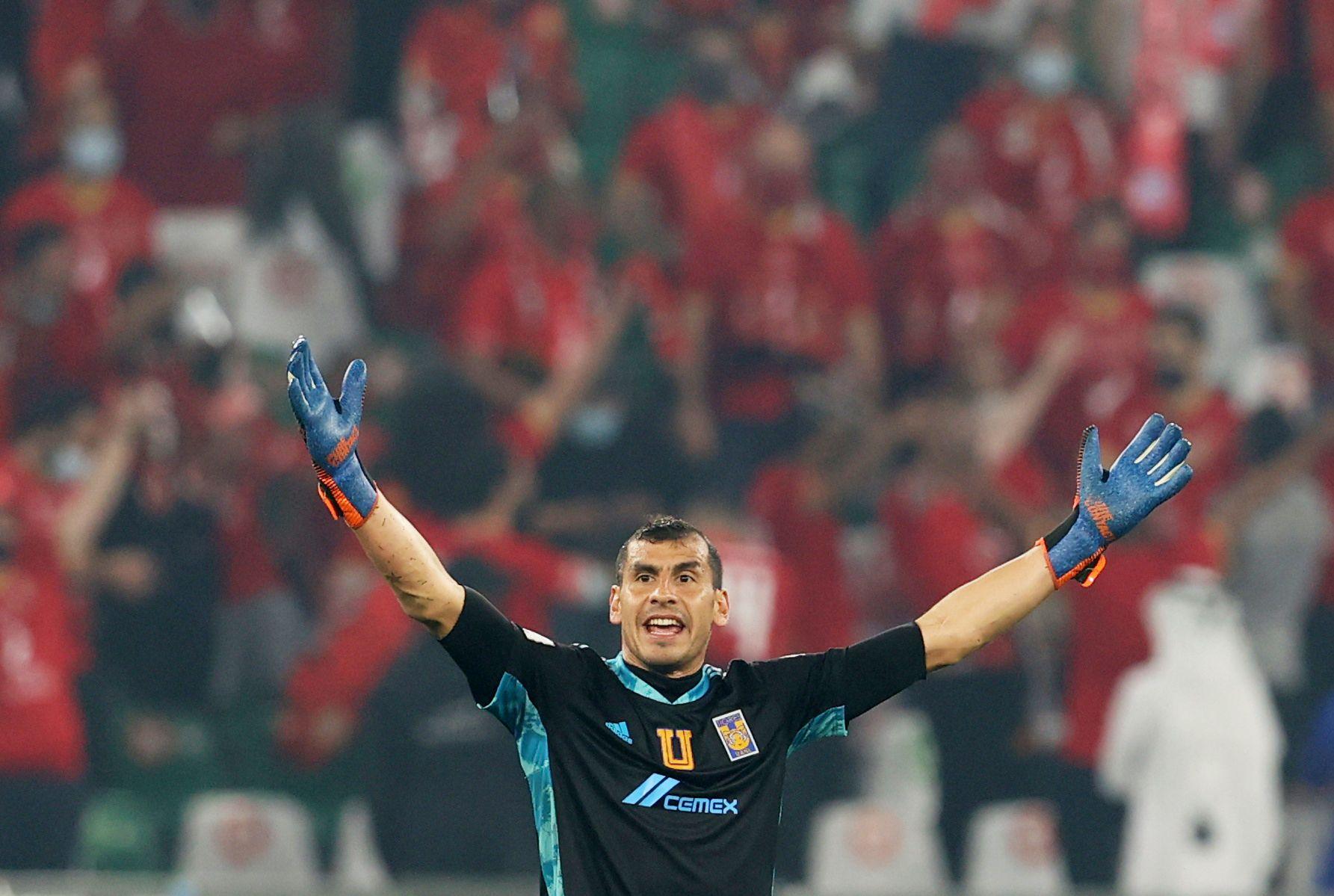 Nahuel Guzmán salvó a su equipo de la derrota desde el primer tiempo (Foto: Ibraheem Al Omari/ REUTERS)