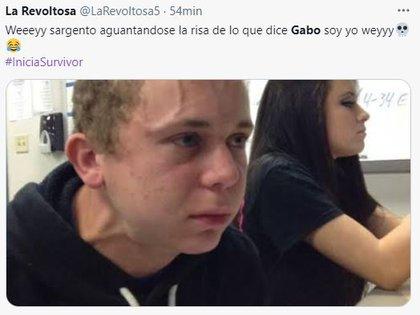 Meme de un usuario sobre la reacción de Sargento Rap ante lo que decía Gabo Cuevas (Foto: captura de pantalla de Twitter)