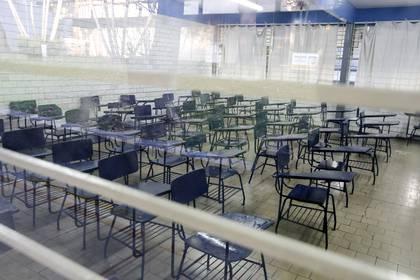 Foto de un aula vacía en una escuela secundaria técnica José Vasconcelos, en Guadalajara, estado de Jalisco, México, tomada el 17 de marzo de 2020 después de que las clases en todos los niveles en México fueron suspendidas por un período indefinido como medida de precaución contra la propagación de la nueva coronavirus, COVID-19.