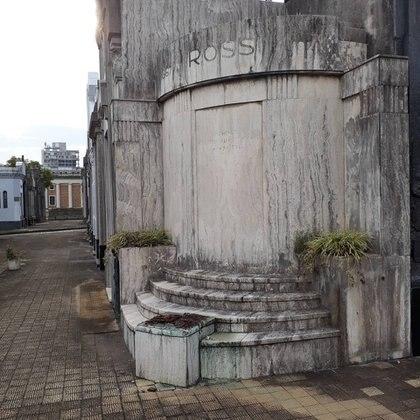 Así está el lugar donde se posaba la escultura