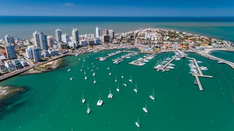 Una espectacular vista aérea sobre Punta del Este (Shutterstock)