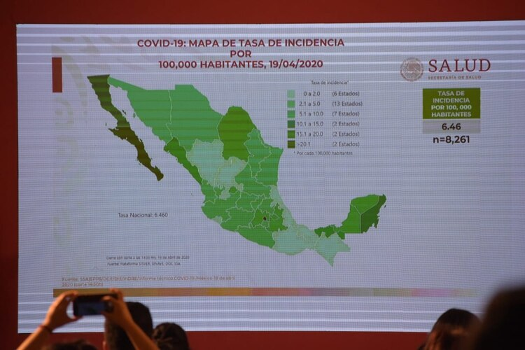 La Secretaría de Salud ofrece en su portal un mapa interactivo en el que mantiene al tanto del avance del COVID-19 por municipio en todo el país (Foto: Cortesía)