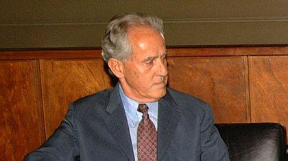 El funcionario, en sus épocas de representante argentino ante Uruguay