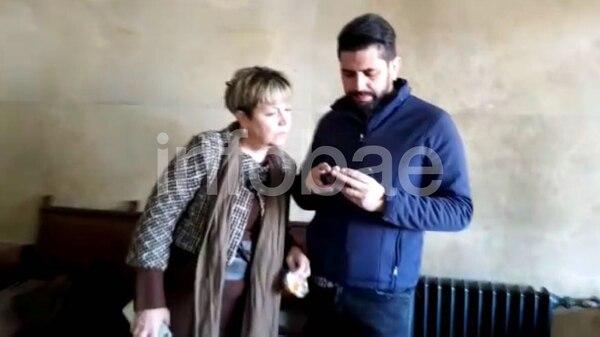 Alessandra Minnicelli, esposa de De Vido, en los pasillos de Comodoro Py