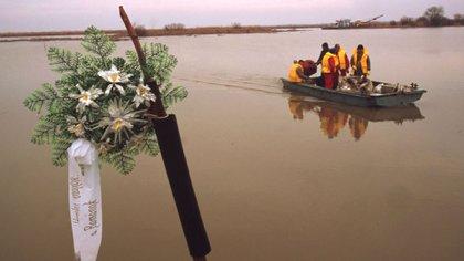La contaminación empezó en el río Somes, se extendió al Tisza y llegó al Danubio, a dos kilómetros delincidente