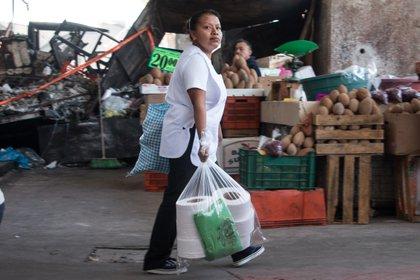 La pandemia por coronavirus ha dejado en la Ciudad de México 13 víctimas morales (Foto: Cuartoscuro)