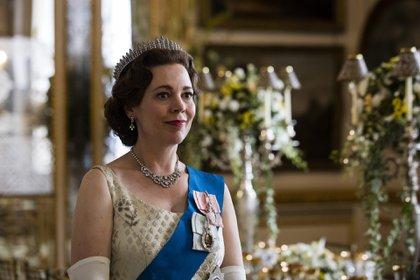 Olivia Colman como Isabel II (Sophie Mutevelian / Netflix)