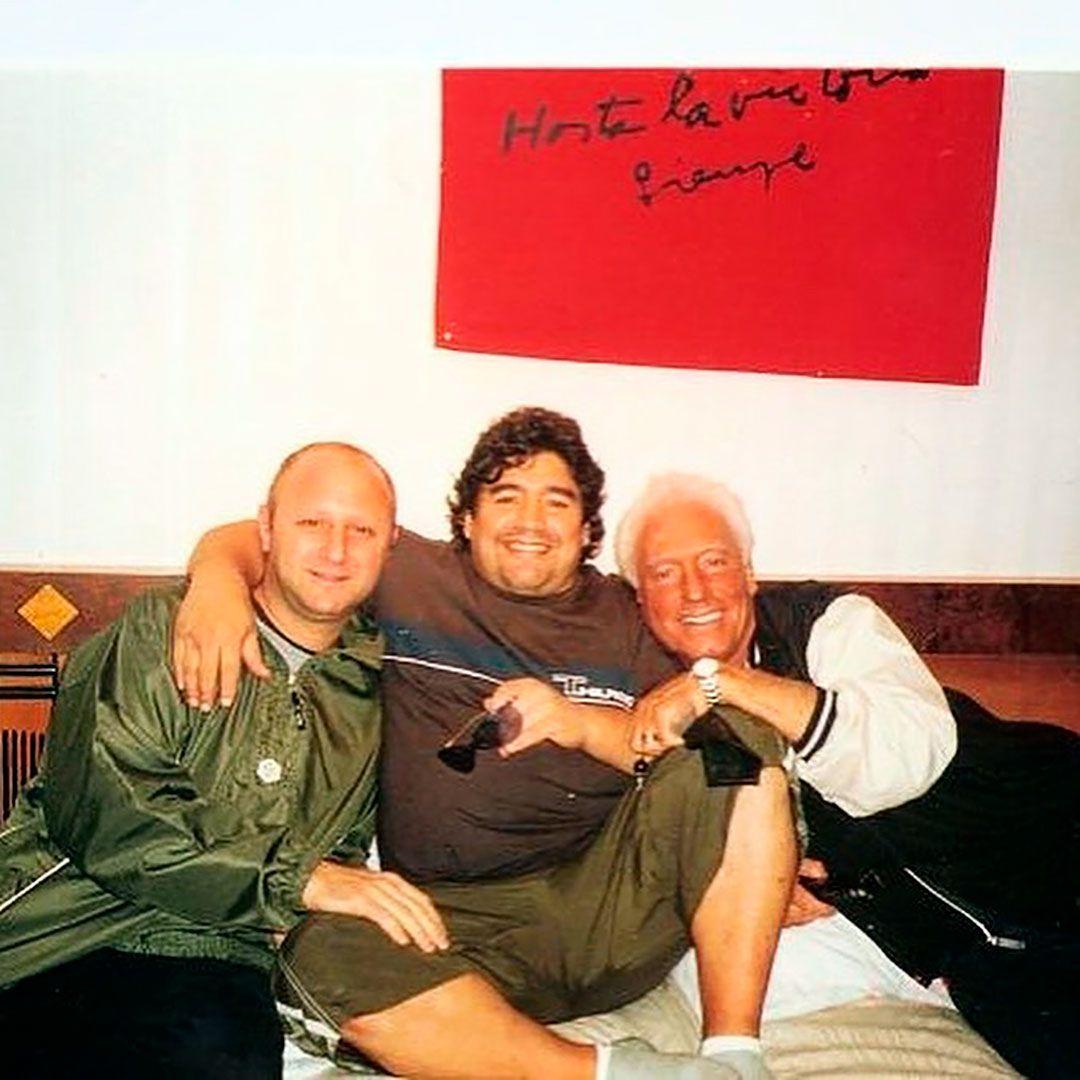 Mariano Israelit con Maradona
