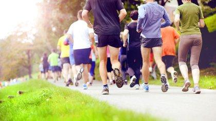 Correr es una de las actividades que incluye adeptos de distintas franjas etarias