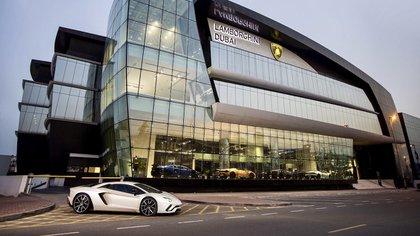 El concesionario Lamborghini más grande del mundo se encuentra en la ciudad de Dubai, uno de sus principales mercados