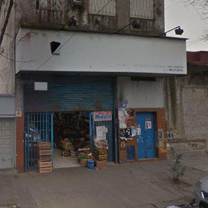 El supermercado en la calle Famatina, uno de los puntos allanados.