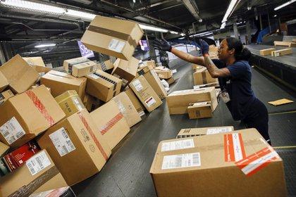 El principal origen de los envíos para el puerta a puerta sin impuestos es Asia(Bloomberg photo by Patrick T. Fallon)