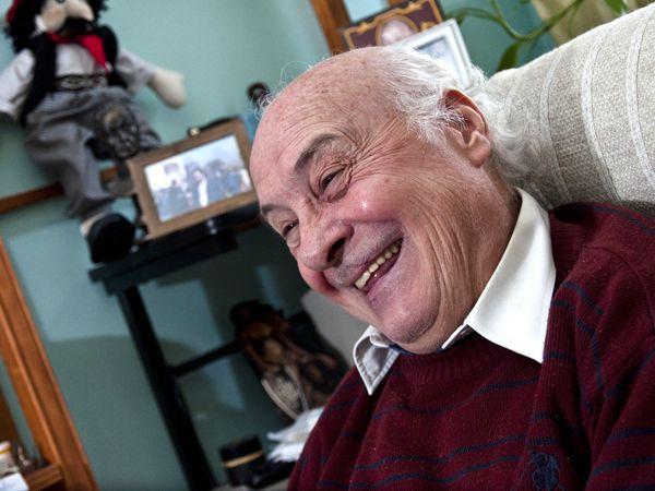 El ex montonero Roberto Perdía oficia de negociador entre los usurpadores de Guernica y el gobierno de Axel Kicillof para llegar a un desalojo pacífico de las tierras (Adrián Escandar)