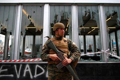 Los militares están en las calles (Pablo VERA / AFP)
