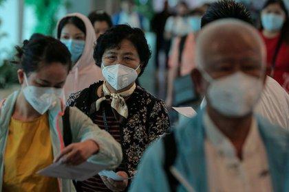 Un equipo de la OMS viajó a Wuhan a investigar los orígenes de la pandemia (Shutterstock)