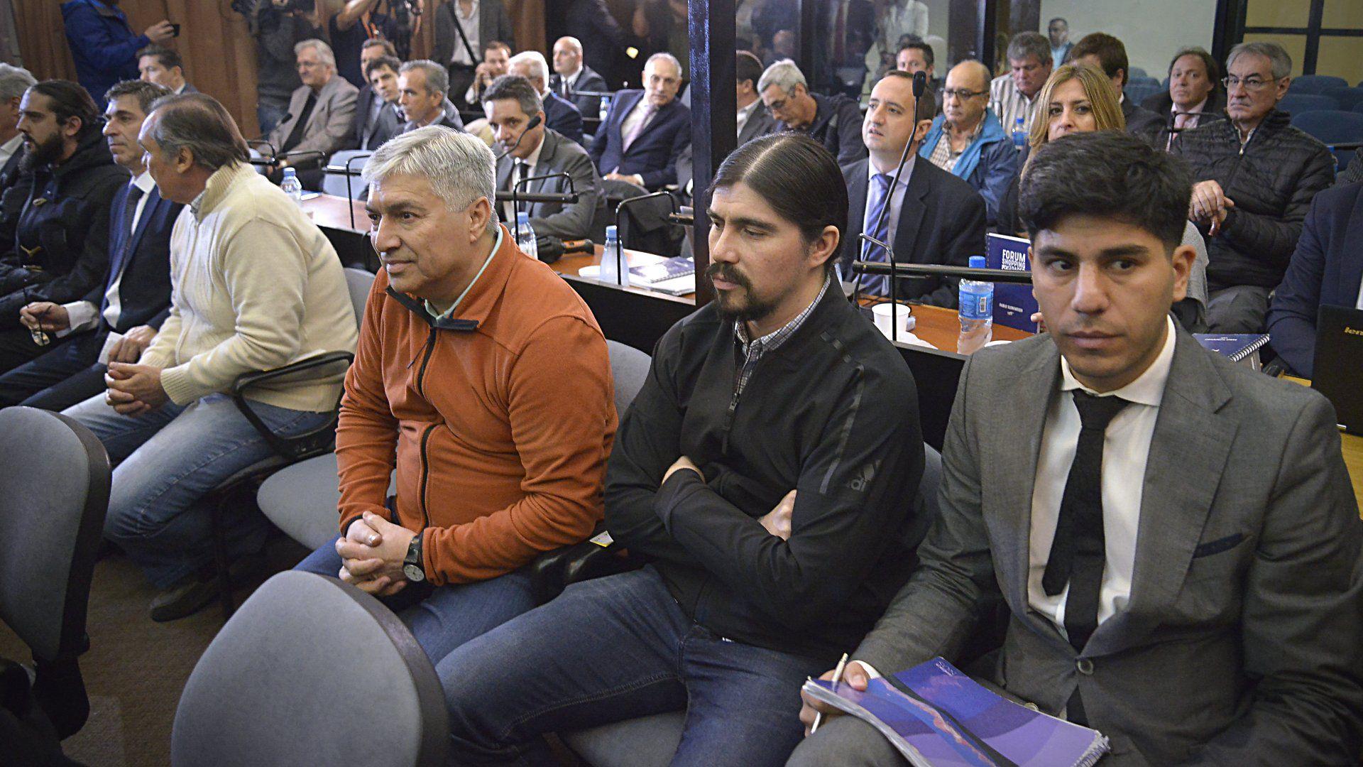 """Lázaro y Martín Báez en una de las audiencia del juicio oral por la """"Ruta del dinero K"""""""