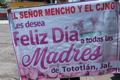 CJNG regaló electrodomésticos por el Día de las Madres (Foto: Twitter / @Tlajoyork)