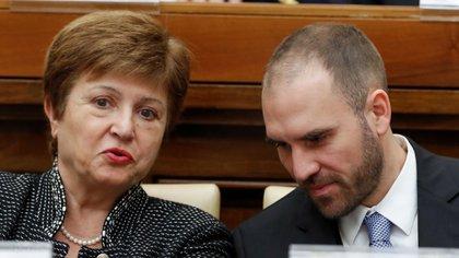 La directora del FMI, Kristalina Georgieva, y Martín Guzmán durante un seminario en el Vaticano