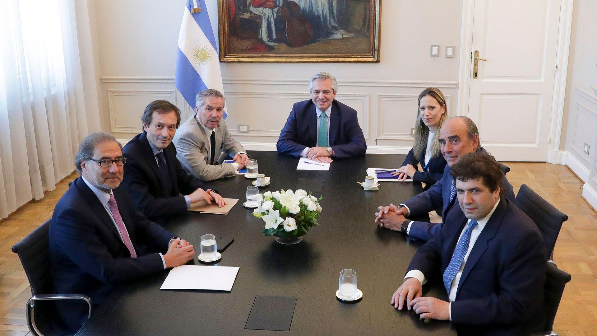 Alberto Fernández y Jorge Argüello durante una reunión en la Casa Rosada. (NA)