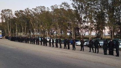 Para el rastrillaje se dispuso del trabajo de unos 100 efectivos de las fuerzas de seguridad federales