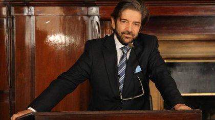 El doctor Marcelo Sancinetti, autor de los volúmenes.