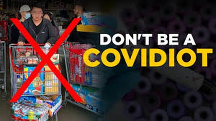 El covidiot o covidiota es aquel que se comporta en forma equivocada a pesar de las advertencias de lo que no hay que hacer en medio de la pandemia (AP)