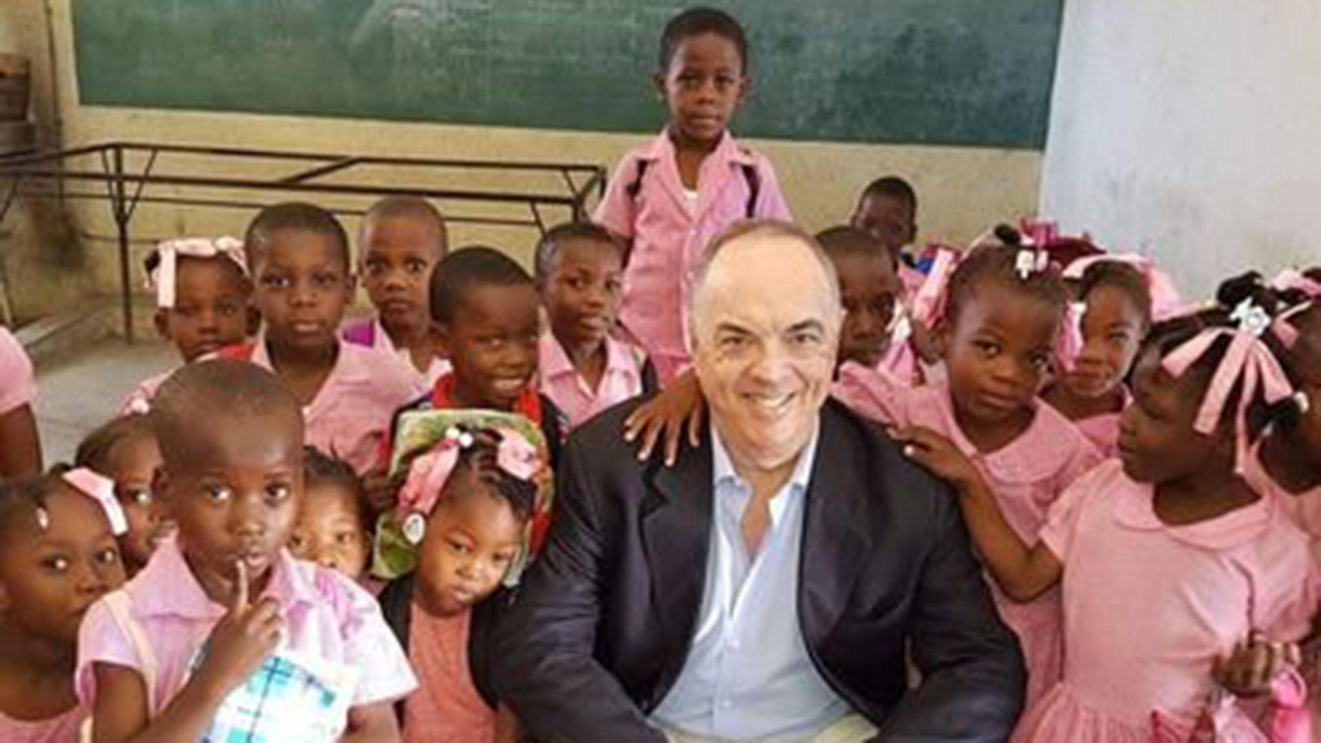 Pedro Von Eyken se desempeña como Embajador argentino en Haití desde 2017 (@von_eyken)