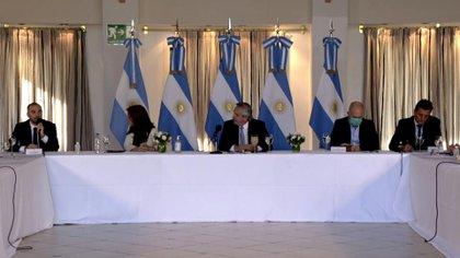El ministro Martín Guzmán, al presentar los lineamientos de la propuesta de renegociación de la deuda