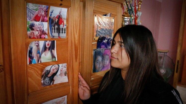 Su cuarto, las fotos con sus amigas, todos los trofeos que ganó bailando (Nicolás Aboaf)