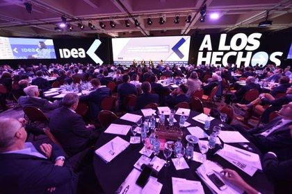 """Una imagen del Coloquio de IDEA del año pasado, que fue presencial y cuyo lema fue  """"A los hechos"""""""