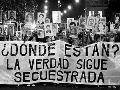 El Nunca Más registra 8960 desapariciones y la existencia y ubicación de 340 centros clandestinos de detención