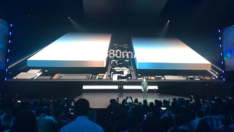 El Galaxy Fold cuenta con batería dual de 4.800 mAh