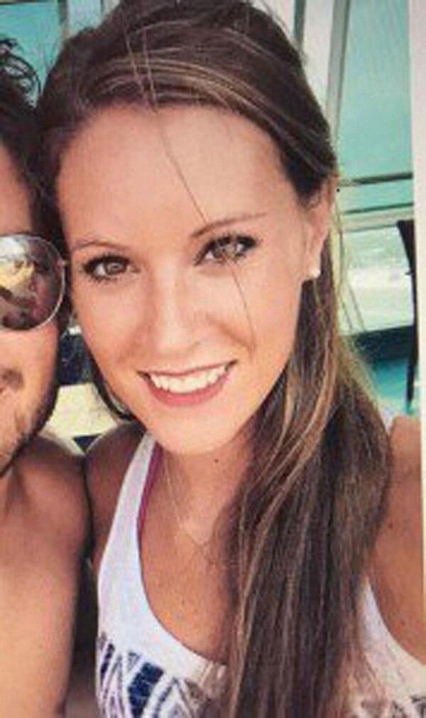 Lindsey Banta Jarvis comenzó a acosar a su víctima con mensajes de celular hasta que cayó en sus garras. En mayo de 2016 lo sodomizó, de acuerdo a los documentos judiciales