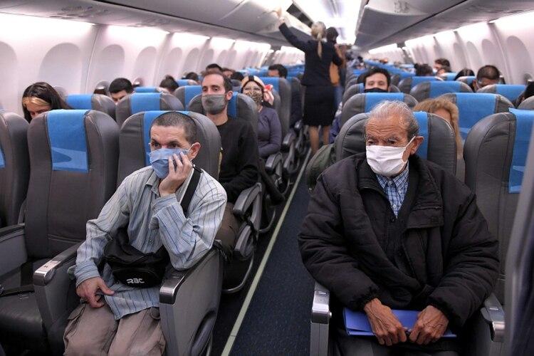 Esta semana volvieron los vuelos de cabotaje en el país. Una señal clara de flexibilización dentro de la pandemia (Julián Alvarez)