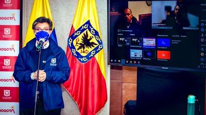Claudia López, alcaldesa de Bogotá, durante la explicación de las nuevas medidas en la ciudad. Foto: Twitter @ClaudiaLopez