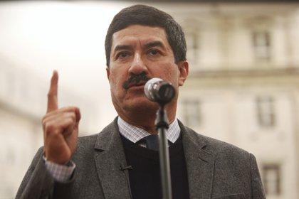 """Javier Corral consideró como """"una burla"""" la respuesta de la SSPC sobre las mesas de seguridad en el estado (Foto: Sáshenka Gutiérrez/EFE)"""