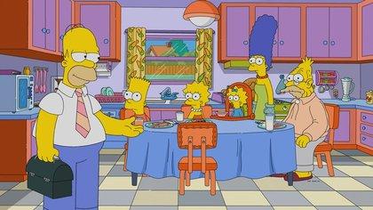 En una familia actual comparable con Los Simpsons, Marge tendría que haber conseguido un empleo.