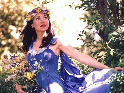 """La icónica imagen de Gilda con una corona de flores, del fotógrafo Silvio Fabrykant, fue la portada de su disco """"Corazón valiente"""""""
