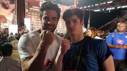 Luciano Castro con su hijo, Mateo en Las Vegas para la pelea de Canelo y Golovkin