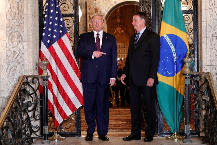U.S. President Donald Trump hosts a photo-op with Brazilian President Jair Bolsonaro before attending a working dinner at the Mar-a-Lago resort in Palm Beach, Florida, U.S., March 7, 2020. REUTERS/Tom Brenner