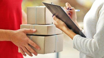La empresa estatal tiene una promoción de envío gratis por este mes y consumidores la aprovecharon para burlarse del sistema
