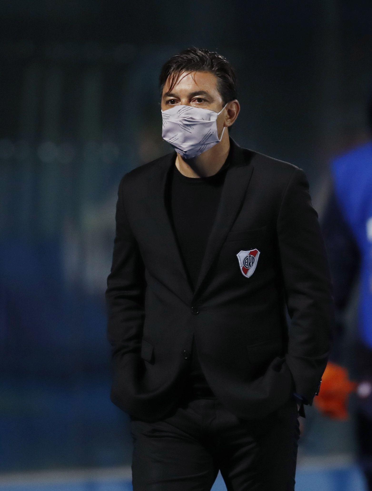 El DT tiene contrato con el Millonario hasta diciembre de 2021 (REUTERS/Jorge Saenz)
