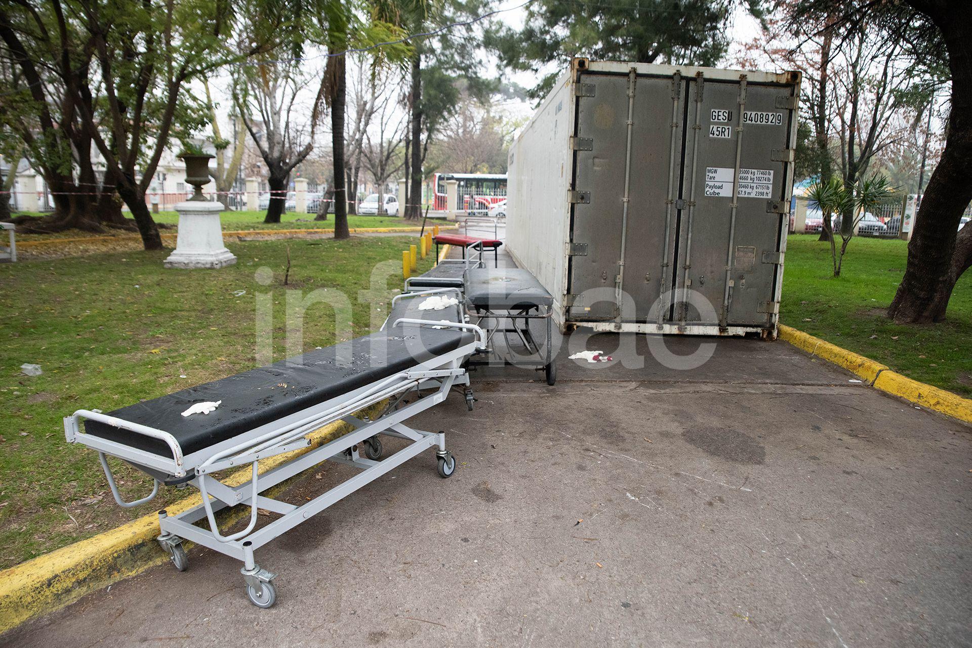 Container con muertos por COVID-19  Hospital Santojanni