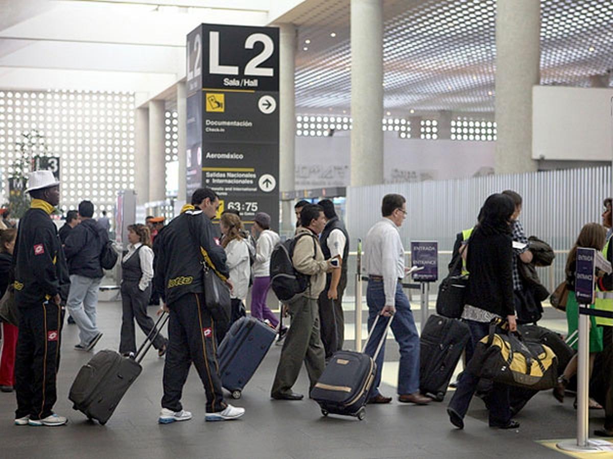 La secretaría de Salud advirtió a los turistas mexicanos por el virus de Encefalitis Equina del Este que avanza en EEUU